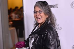roseanne barr says she got into drunken 'fight' with rob reiner about 'all that russian bs'