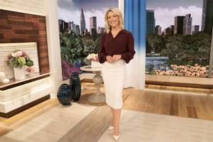You Can't Unsee Megyn Kelly and Hoda Kotb Awkwardly Dancing on the 'Today' Show (Video)