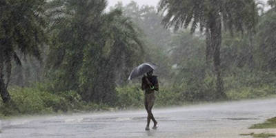 heavy rain lashes several parts of odisha due to depression in bay of bengal.