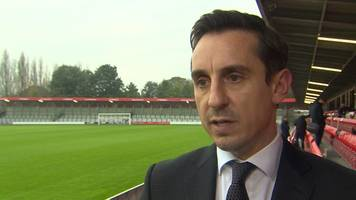gary neville: the fa needs radical reform but top bosses should keep their jobs
