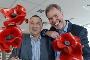 how pottery firm saved iconic ww1 art installation by making 400,000 poppies in four months