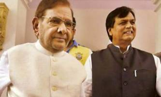 rs issues notices to sharad yadav, ali anwar ansari  on plea for disqualification