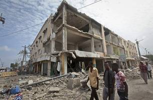 Somalia's death toll now at 358 as 'state of war' planned