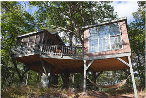 This tree house sanctuary in Maine fulfills all childhood tree-dwelling dreams