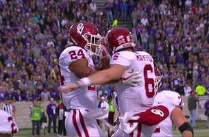 Baker Mayfield's 14-yard TD run cuts Kansas State's lead over Oklahoma to 21-17
