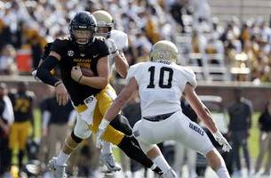 Lock throws for six touchdowns as Missouri defeats Idaho 68-21