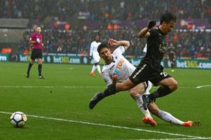 swansea 1-2 leicester city ratings: there's a nine for two players