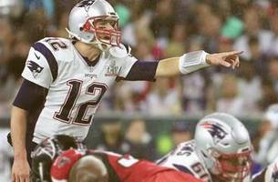 it's a rematch of super bowl li as the patriots take on the falcons in the sunday night game