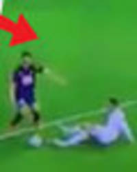 ronaldo rinsed by fans for 'trying to do what messi does' – and failing miserably