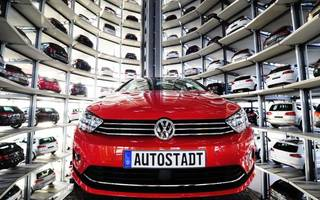 eu auto cartel probe widens to vw and daimler inspections