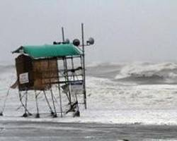 typhoon leaves five dead after lashing japan on election day