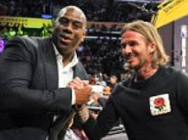 david beckham and floyd mayweather at la lakers game
