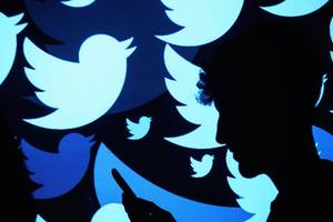 twitter bans advertising by some russia-based outlets