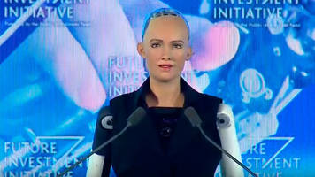 saudi arabia is first country to grant citizenship to a humanoid robot