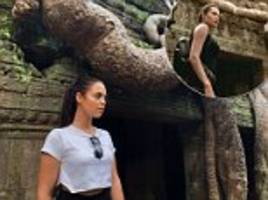 woman looks like she could be angelina jolie's daughter