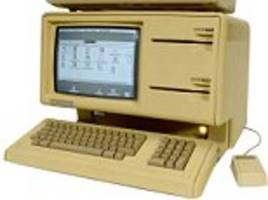 apple lisa-1 computer could fetch £30,000 at auction