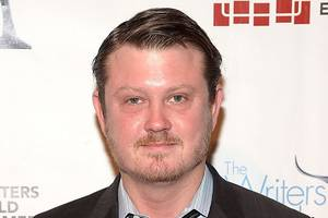 'house of cards' creator beau willimon calls kevin spacey scandal 'deeply troubling'
