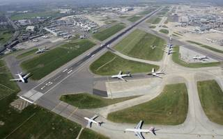 heathrow expansion on track for mps' backing in commons vote