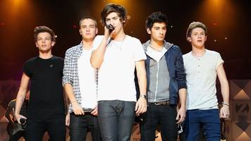 one direction are making chart history even on hiatus