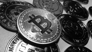 Massive Bitcoin Price Drop After Reaching a new All-time high of $7,367