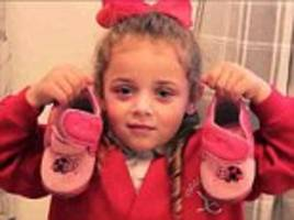 Primary school in Wales forces children to wear slippers