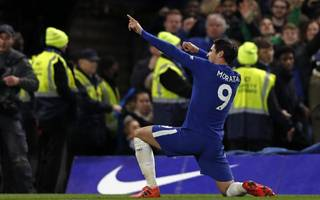 conte denies rift with luiz after chelsea overcome united