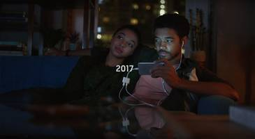 samsung made fun of the iphone x in its latest ad (aapl, ssnlf)