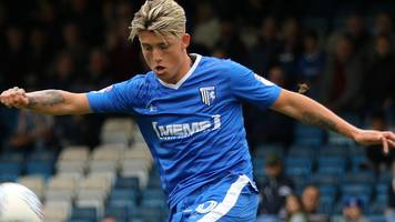 12 goals and a missed penalty - checkatrade trophy thrills at gillingham