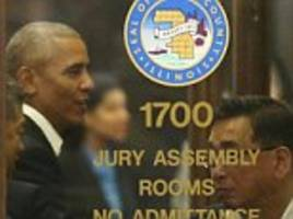 Barack Obama answers call for jury duty in Chicago