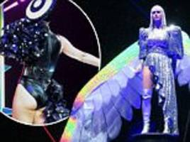 katy perry becomes angel during witness world tour in la