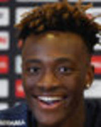 chelsea loan star tammy abraham praises two man utd youngsters ahead of england debut