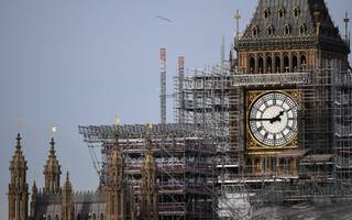 government announces brexit will be an hour earlier (genuinely)