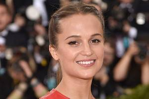 Alicia Vikander Signs Sexual Harassment Open Letter Along With Hundreds of Swedish Actresses
