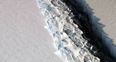 this is crazy - antarctic supervolcano is melting the ice-caps from within