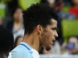 Dominic Solanke joins Cook and Gunn with England call ups
