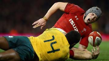 wales coach warren gatland says jonathan davies' injury 'does not look good'