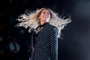 eminem reveals new song with beyonce