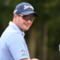 Golf: Fox finds touch to make cut