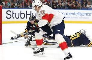 Panthers pile on with 2 empty-netters, take down Sabres in Buffalo