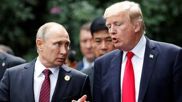 Trump Russia: US 'in peril over president's stance'