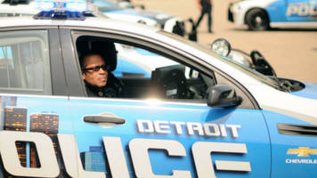 Chaos In Detroit: Undercover Cops Battle Each Other In Sting Operation Gone Wrong