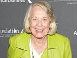 Legendary gossip columnist Liz Smith dies at 94