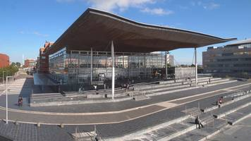 Welsh Assembly member tried to kiss me, ex-researcher says