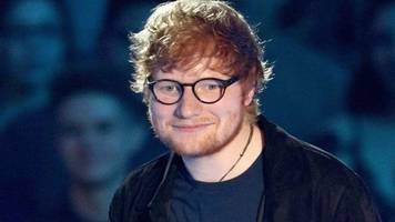Ed Sheeran back on stage after 'depressing six weeks'