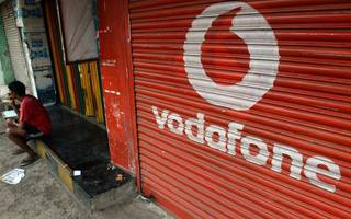 vodafone sells $1.2bn indian towers business