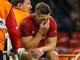 Wales defence coach Edwards mourns Jonathan Davies loss