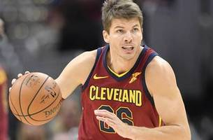 Here's why Skip Bayless thinks Kyle Korver 'saved the night for LeBron James' in the Cavs' win over the NY Knicks