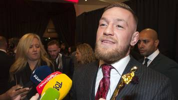 McGregor apologises for pushing referee - but blames the official