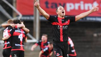 scottish challenge cup: crusaders and the new saints kept apart in semi-finals