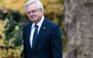david davis sets out post-brexit vision for financial services